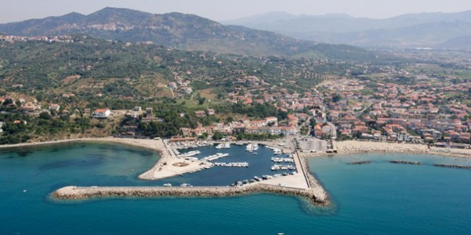 Ormeggi Porto di Casal Velino: tariffe per posti barca nel Cilento